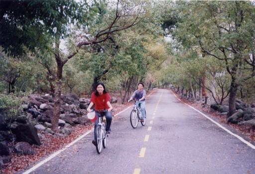 自行車專用道-值得您攜家帶眷前來一遊!!